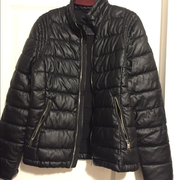 Guess men's puff jacket